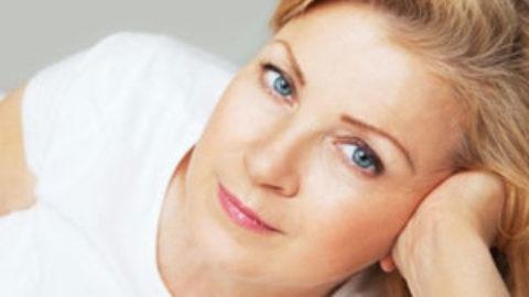 Εμμηνόπαυση: Η ορμονική θεραπεία φαίνεται πως προστατεύει τον γυναικείο εγκέφαλο!