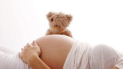 Ποιοι παράγοντες μπορεί να θέσουν σε κίνδυνο την εγκυμοσύνη και πώς μπορούν να ελεγχθούν;